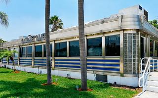Hannah's Gourmet Diner (est. 1983), 13951 Biscayne Blvd, North Miami, FL, USA
