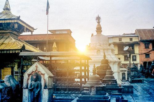 film analog analogue 135film 35mm kodak yashica yashicaj jaredyeh hiphopmilk nepal kathmandu swayambhunath temple swayambhu ghumpa karma raja maha vihar anantapura shikhara dongak chhyoling old monastry gompa prayer wheel dipanker buddha bhagawan paau monument stupa pagoda statue chaitya sunset