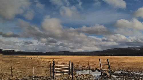travel mountains clouds oregon rural december country fences farmland highdesert 2014