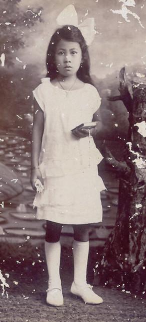 Anna van Waeterschoodt Holy Communion Dutch East Indies 13 December 1925