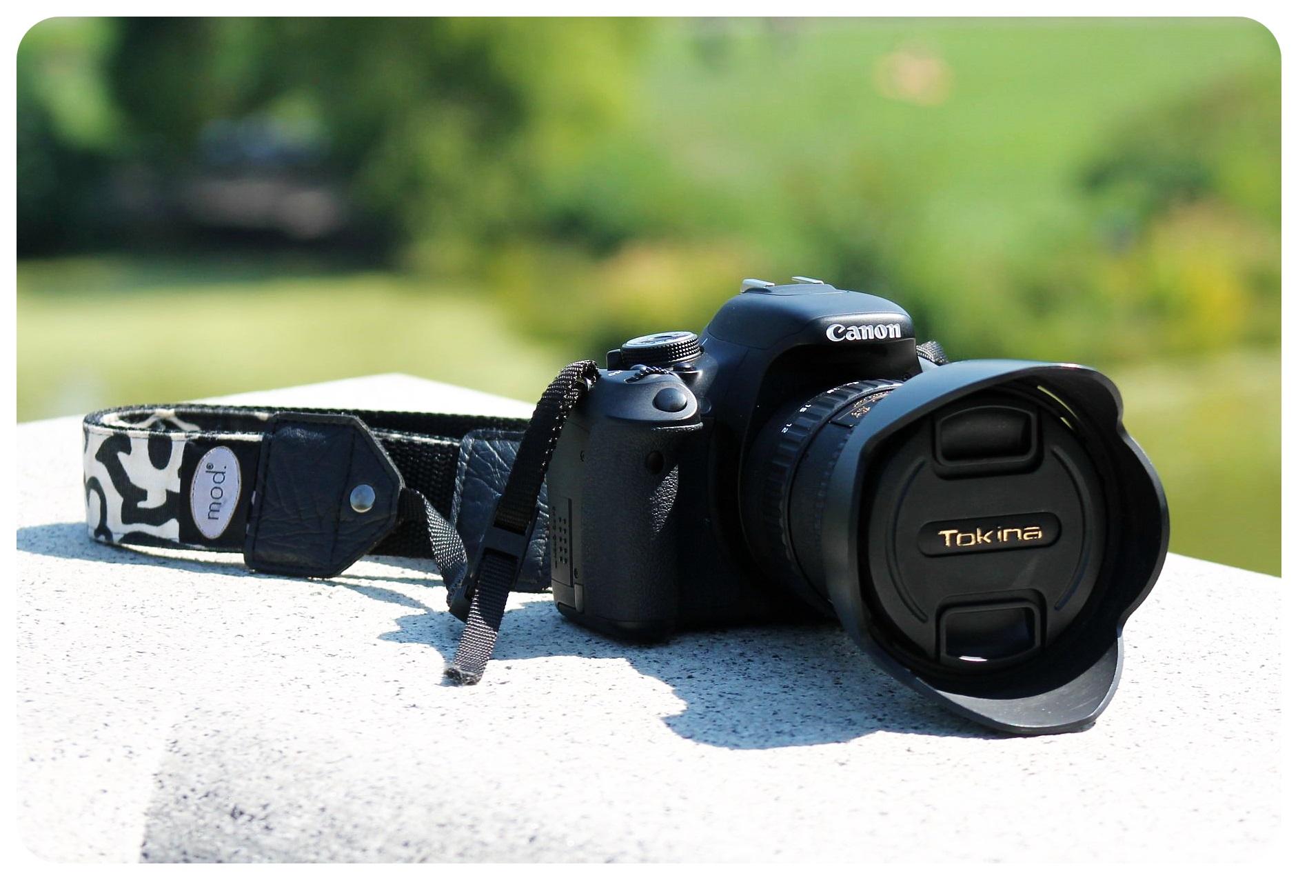 camera with tokina lens