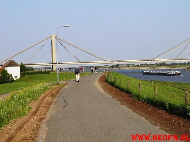 30-04-2011   Boven-Leeuwen  40 Km (15)