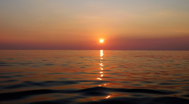 Al mare in attesa   ###EXPLORE###