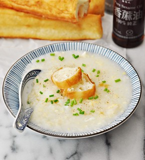 Chinese Egg Drop Soup Rice Porridge Style (aka Congee) | www.fussfreecooking.com | by fussfreecooking