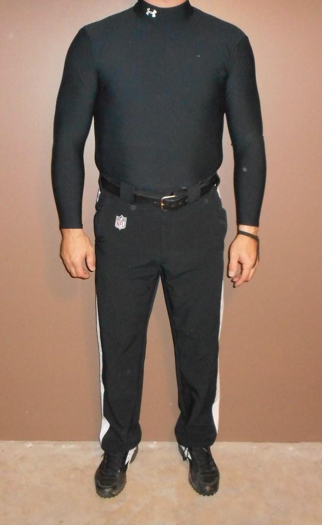 Tarjouskoodi niin halpa erityinen osa Authentic NFL officials pants with Under Armour long sleev ...