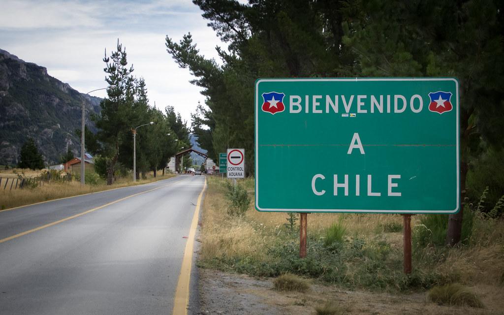 IMG_8618 | El Bolson to Futaleufu - Entering Chile at the Ri… | Flickr