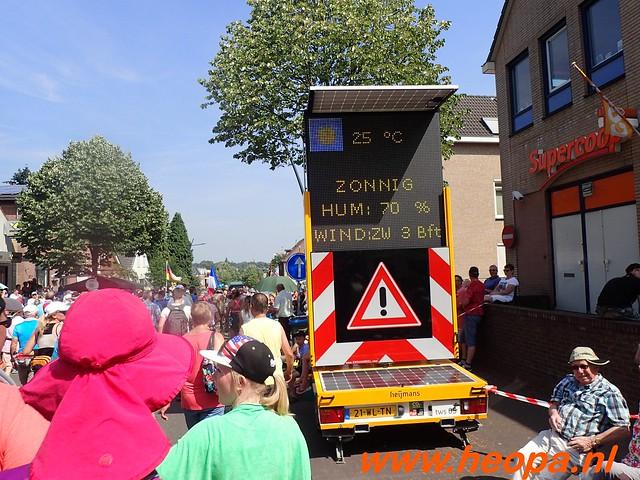 2016-07-21   3e  dag Nijmegen   40 Km  (90)
