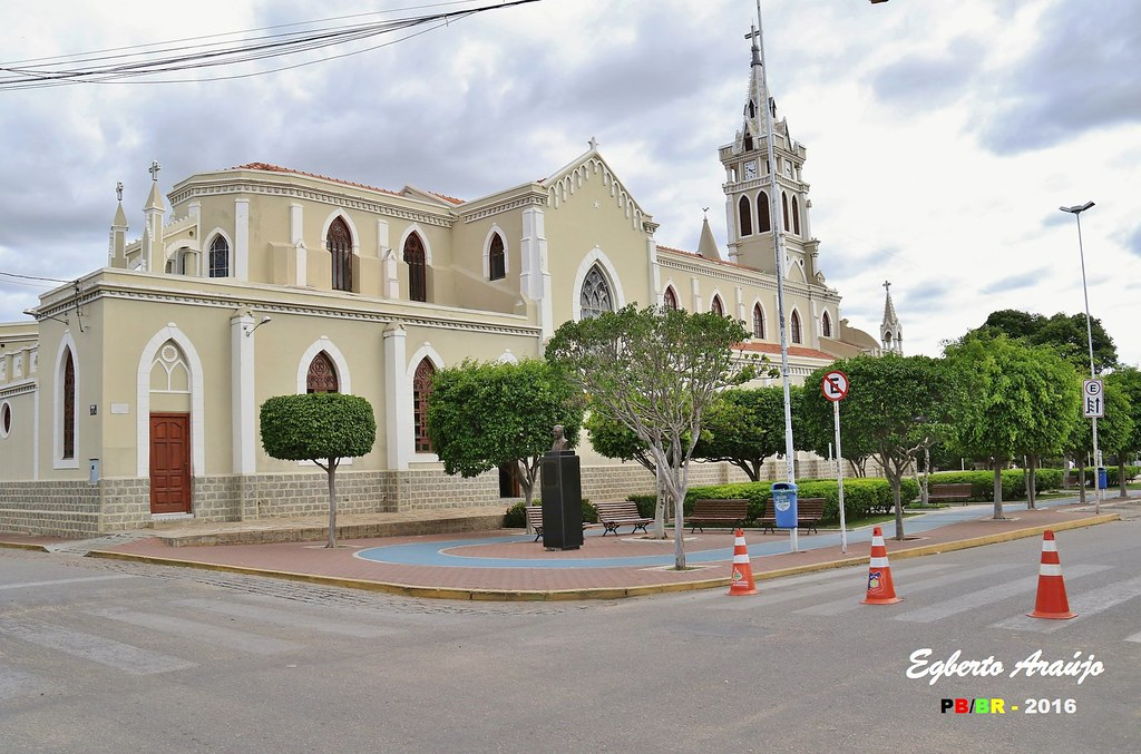 Afogados da Ingazeira Pernambuco fonte: live.staticflickr.com
