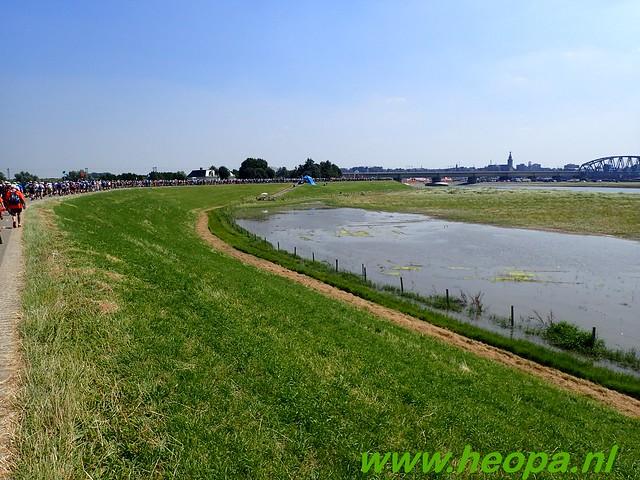 2016-07-19   1e dag Nijmegen    40 Km (122)
