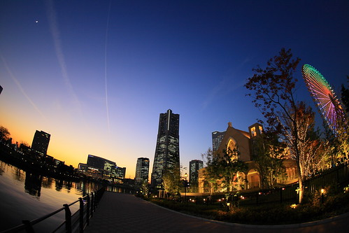 city light sky reflection building japan night twilight ferriswheel yokohama kanagawa minatomirai