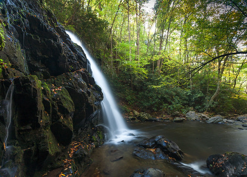 autumn light mountains fall wet water leaves landscape waterfall nationalpark rocks slow institute shutter smoky leafs mossy tremont greatsmokymountains gsmnp spruceflatfalls