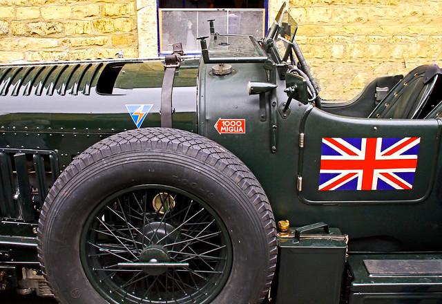 Bentley Detail