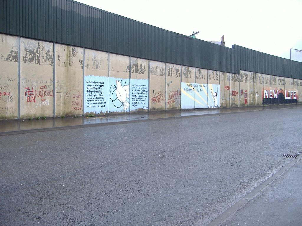 El Muro De La Paz Belfast Se Supone Que Es El Muro De La Flickr