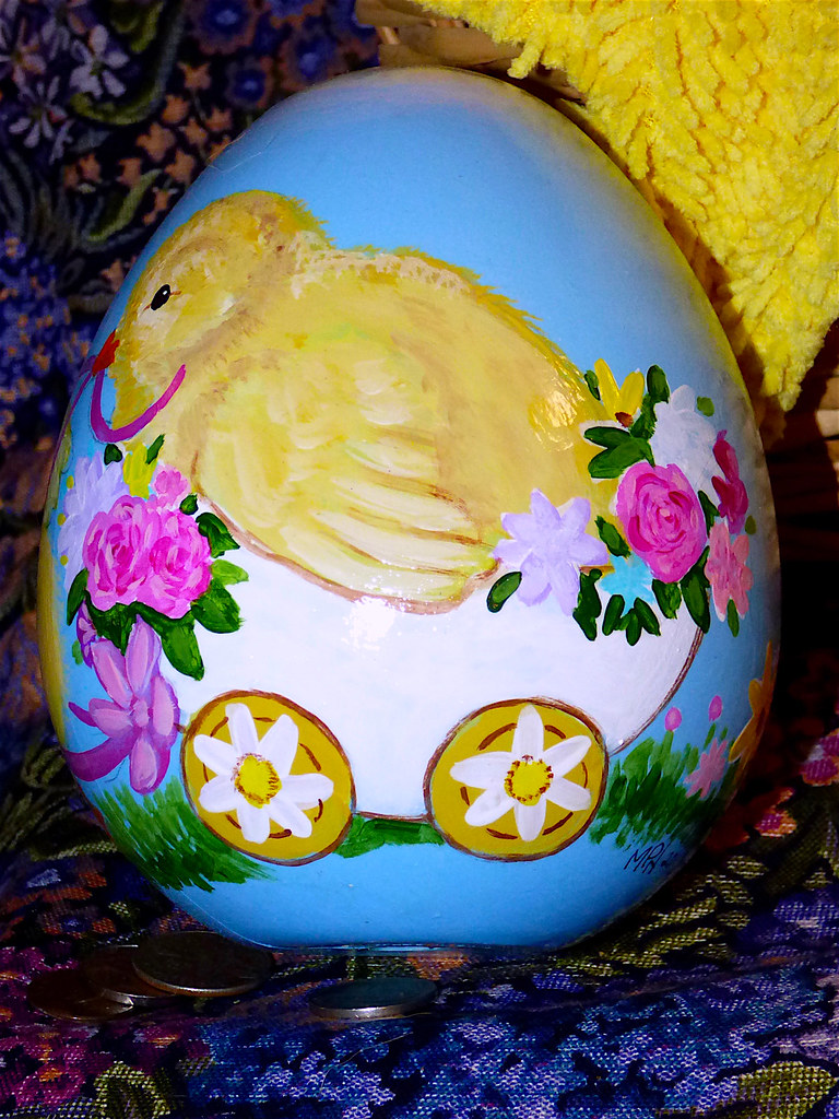Giant Easter Egg | Plastic Easter egg painted with vintage s