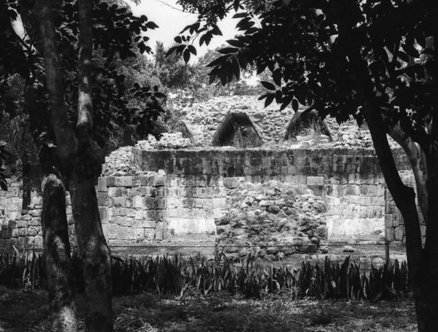 Chichen Itza (Nikon FE julio 18006)
