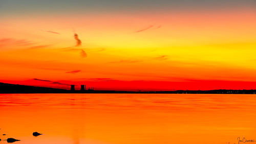 dawn sunrise sunset reflection water bright warm beach ocean lake bay seascape landscape goldenhour longexposure hdr sky travel powerstation dynegybraytonpoint panorama
