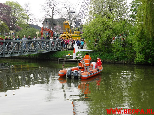 16-04-2011     Rode-Kruis   Bloesem   wandeltocht 26 Km (19)
