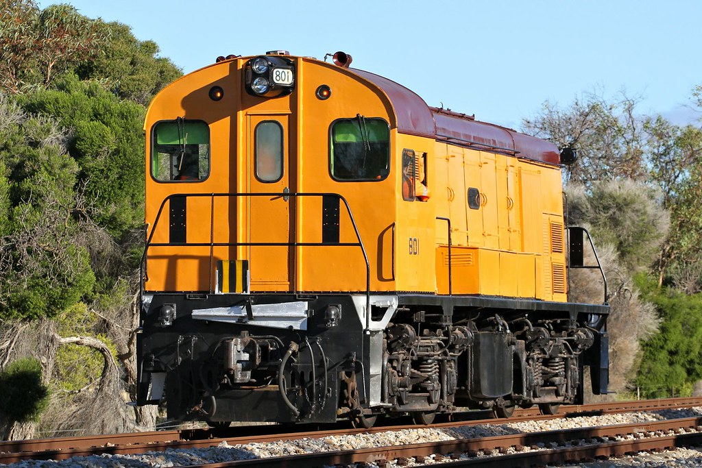 801 Light Engine to Dry Creek Alberton 15 01 2015 by Daven Walters