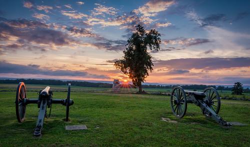 gettysburgnationalmilitarypark nps nps100 findyourpark gettysburg civilwar battlefield history sunset cannon clouds