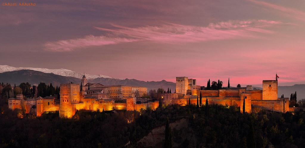 Atardecer sobre la Alhambra (Granada). | The Alhambra (Grana… | Flickr
