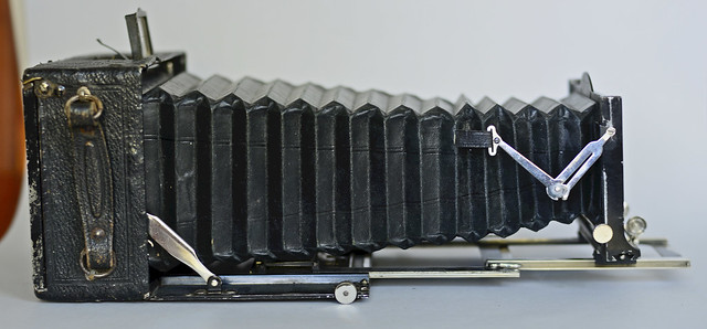 Voigtländer Alpin 13 x 18cm plate camera, no lens 14
