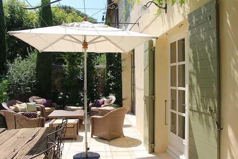 magalilancelier posted a photo:terrasse