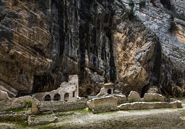 Fara San Martino, resti dell'Abazia di San Martino in Valle