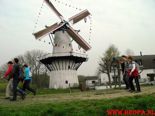 16-04-2011     Rode-Kruis   Bloesem   wandeltocht 26 Km (46)