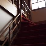 緋色の階段