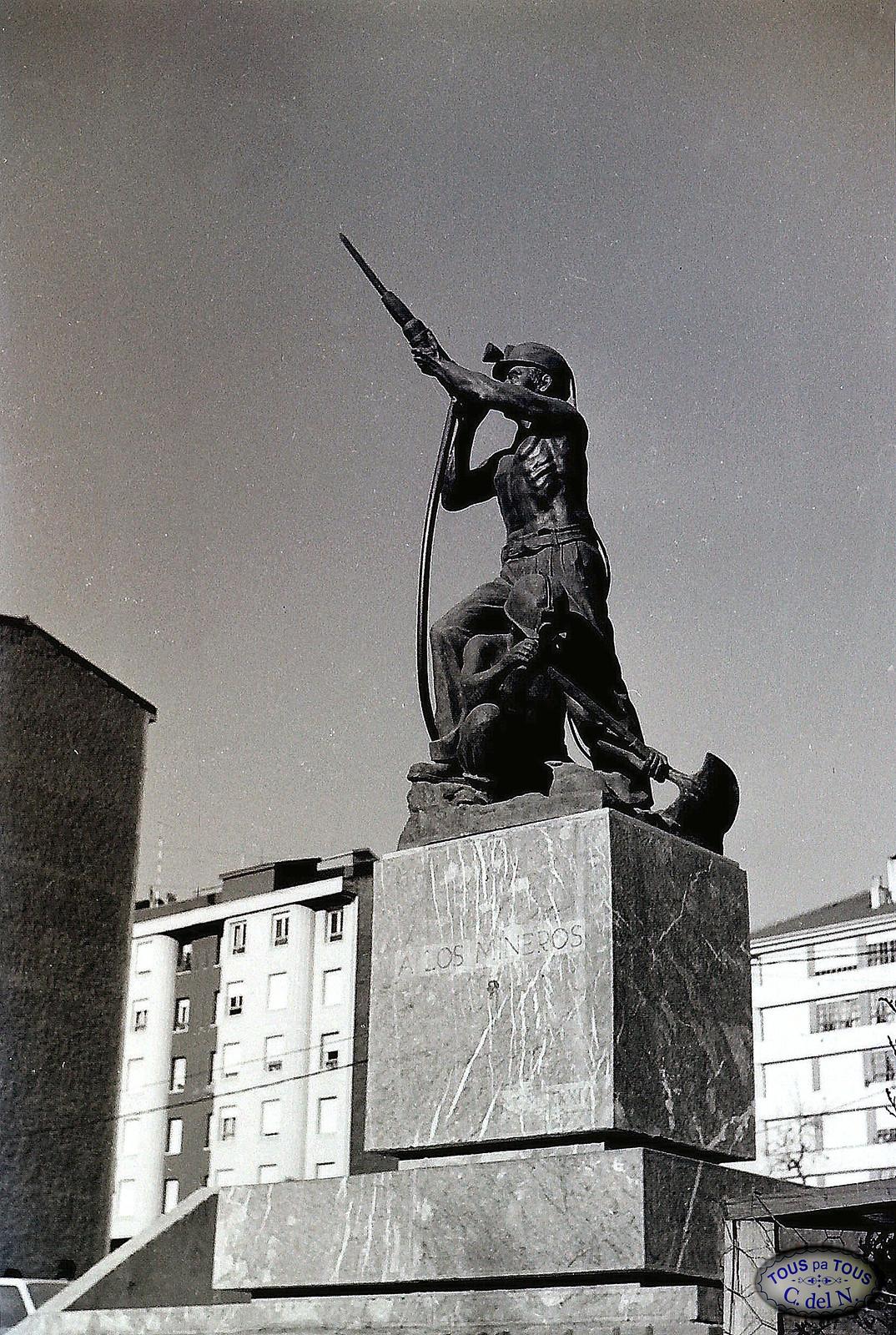 1985 - Monumento a los mineros (2)