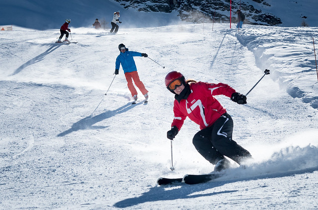 Lin Skiing