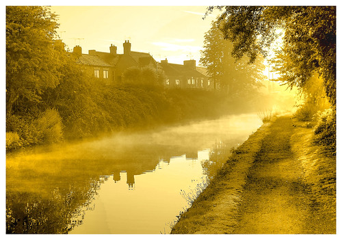 morning canal morningmist longford cv6 coventrycanal inlandwaterways