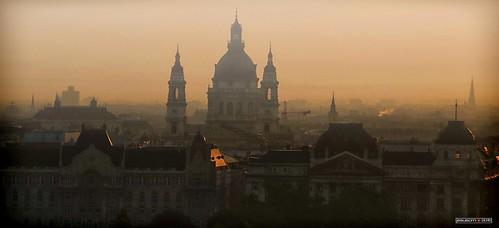 city morning mist mañana fog sunrise buildings dawn edificios nikon hungary budapest ciudad amanecer niebla basílica bruma hungría stistván jesuscm