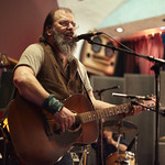 Thu, 26/02/2015 - 2:35pm - Steve Earle and The Dukes (Kelly Looney on bass, Will Rigby on drums, Chris Masterson on guitar, Eleanor Whitmore on fiddle and vocals) perform for FUV with an audience of Marquee Members. Hosted by Russ Borris. Photo by Gus Philippas