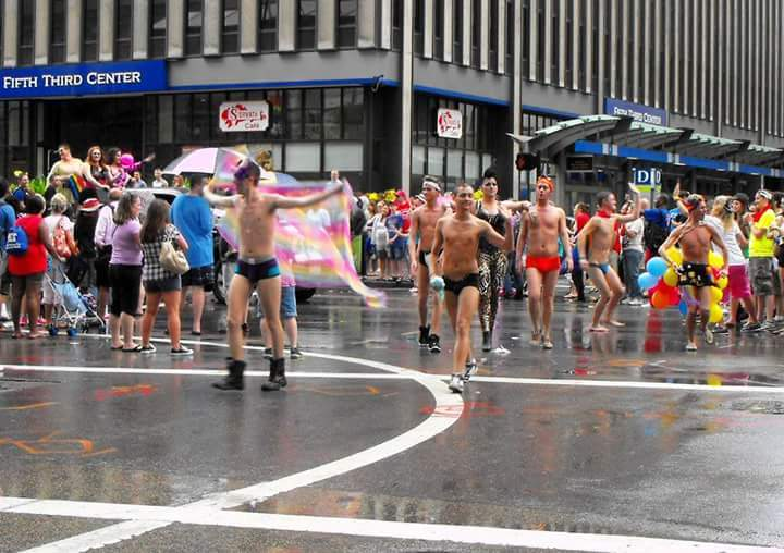 Cincinnati ohio downtown fountain square lgbt gay lesbian pride parade