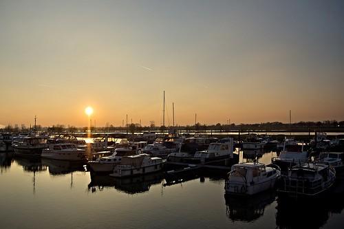 sunset boats zonsondergang boten maas roermond