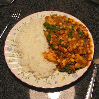 Recipe: How to Make Chicken, Chickpea and Spinach Curry