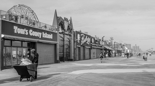 Coney Island - explore 21.01.2015 | by Maciek Lulko