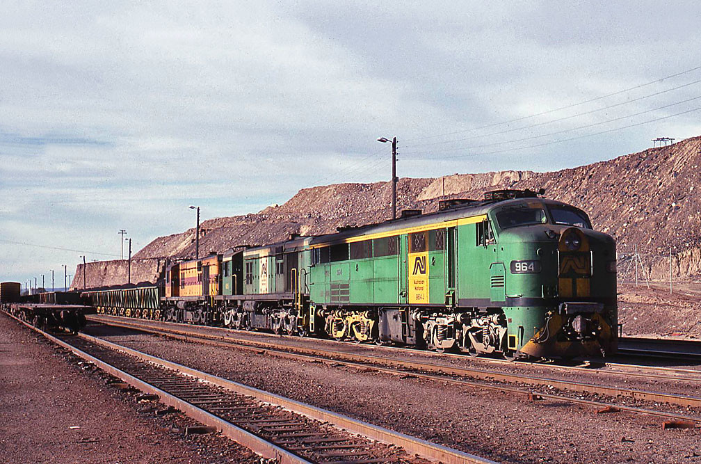 964 at Broken Hill by Bingley Hall