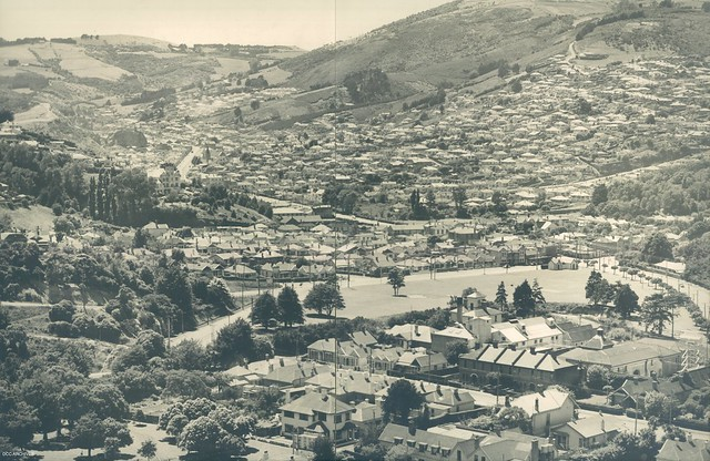 View across North Dunedin looking towards Opoho and North East Valley c1950s