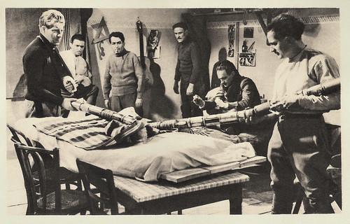 Jean Gabin, Dalio, Julien Carette, Gaston Modot and Pierre Fresnay in La grande illusion (1937)