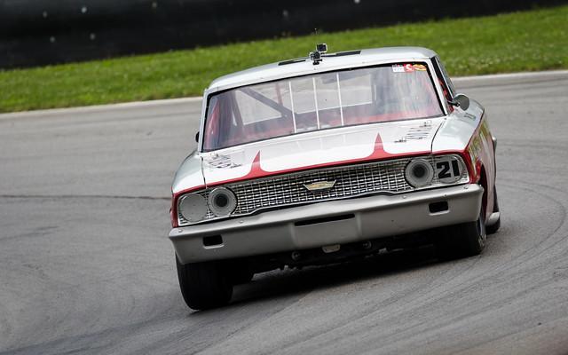 #21 StevenLisa 1964 FordGalaxie-1