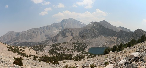 0189 Independence Peak on the far left, University Peak center, and Big Pothole Lake from the Kearsarge Pass Trail | by _JFR_