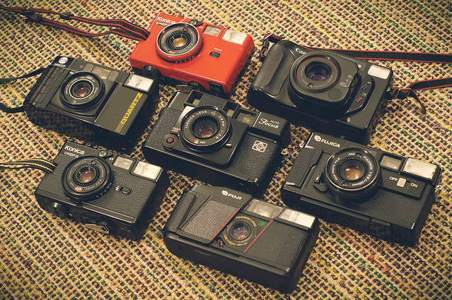 Battle of the 80s f/2.8s...
