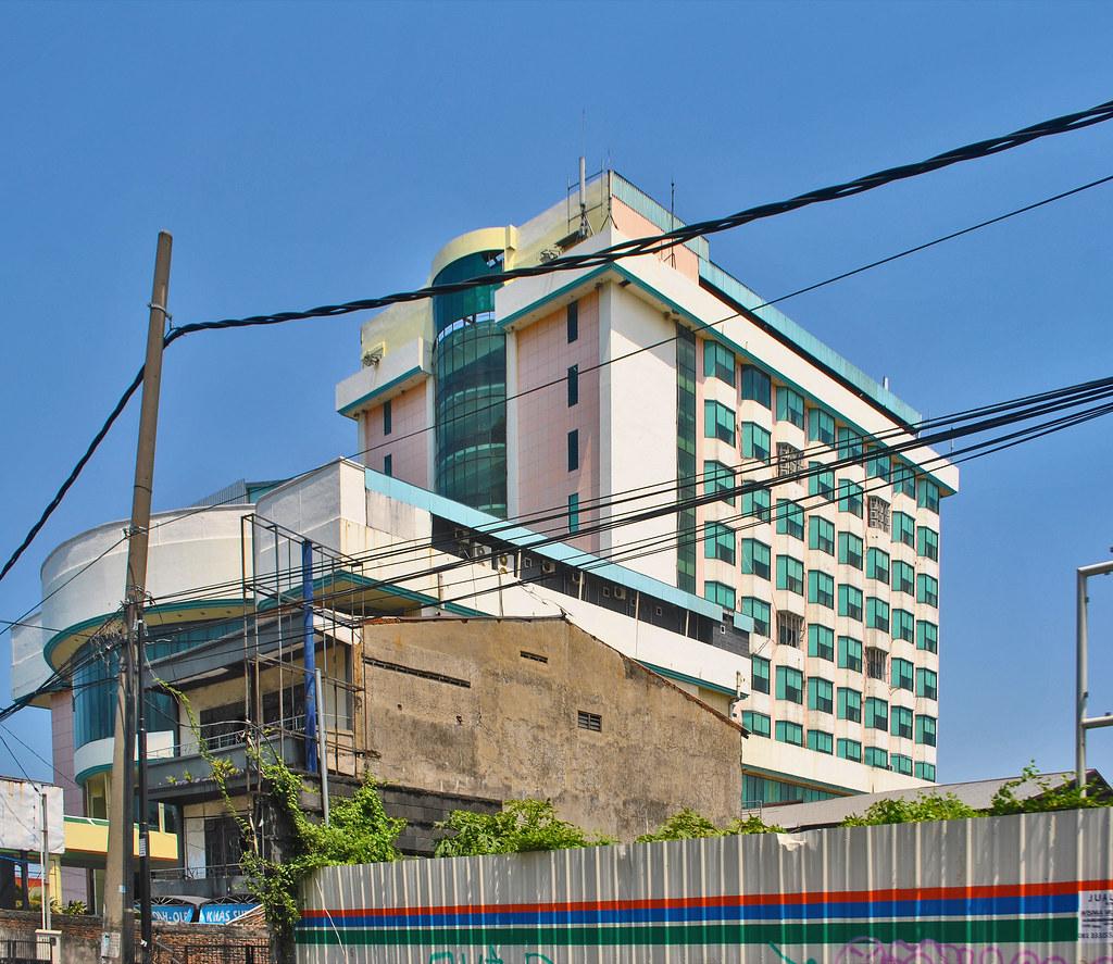 Eks Hotel Satelit