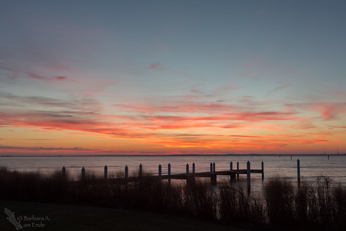 pink blue sunset orange pier dock md january maryland chesapeakebay 2015 kentisland hemmingwaysrestaurant