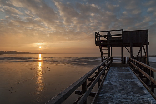 winter lake ice sunrise frost natur icy eis sonnenaufgang morgen naturfotografie steinhudermeer zugefroren icecovered