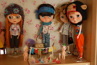 Blythes, icy and dolls