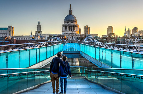 friends london thames sunrise stpauls milleniumbridge awe amaze