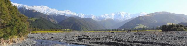 Cribb Creek and the Seaward Kaikoura Range